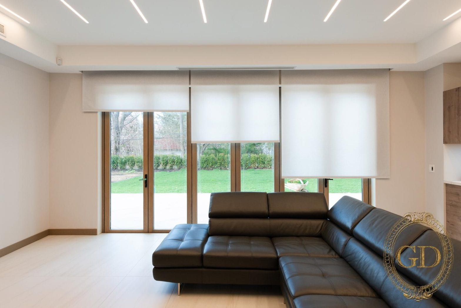 Roller Shades A Perfect Window Dressing For Large Windows